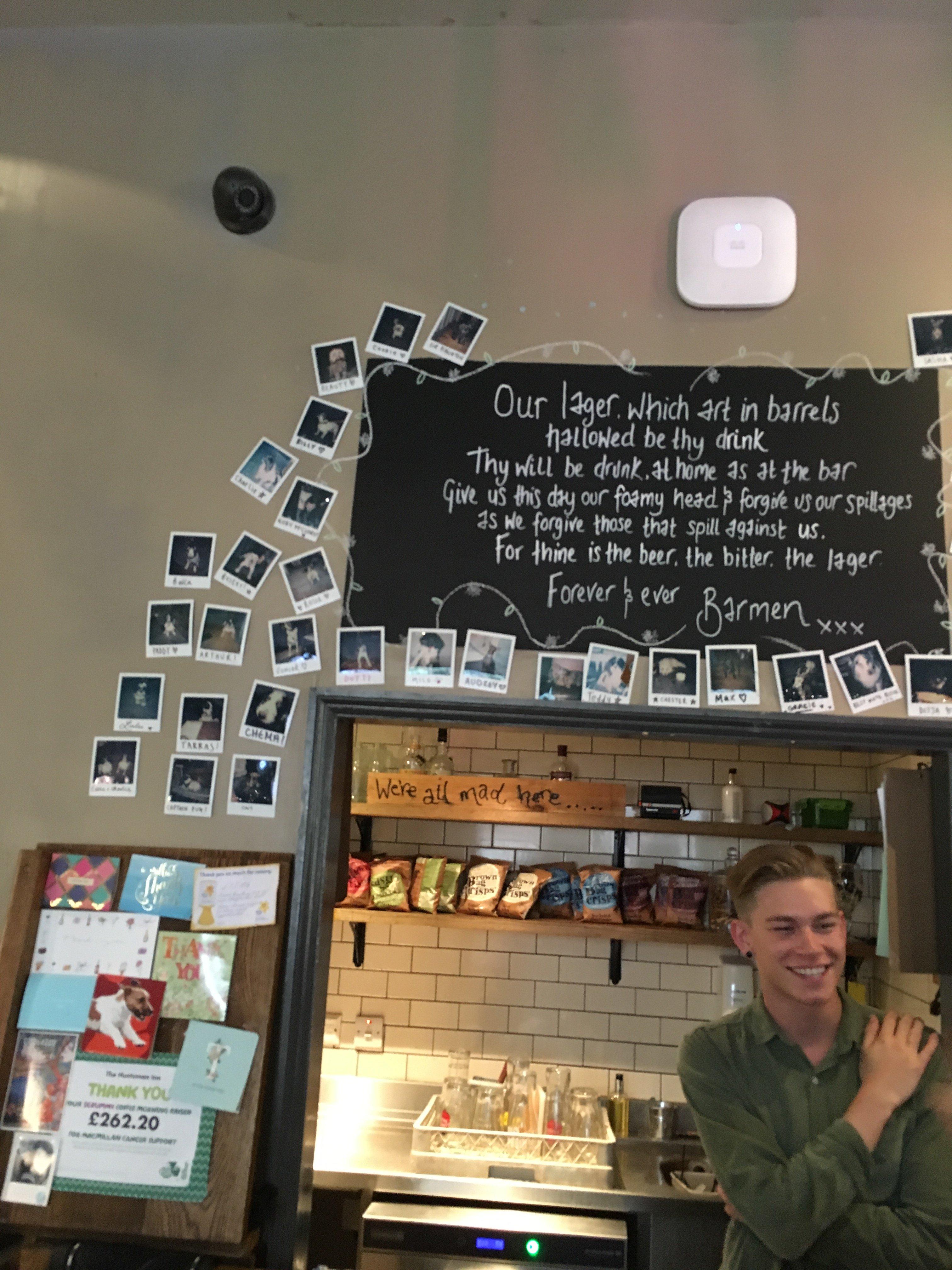 dog wall of fame Huntsman pub Bath.JPG